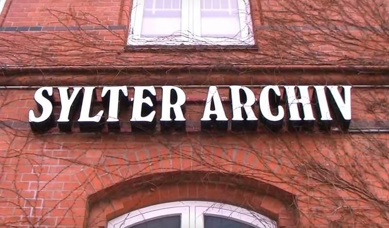 Das Sylter Archiv in Westerland sucht Fotos zum Thema 100 Jahre Frauenwahlrecht auf der Insel
