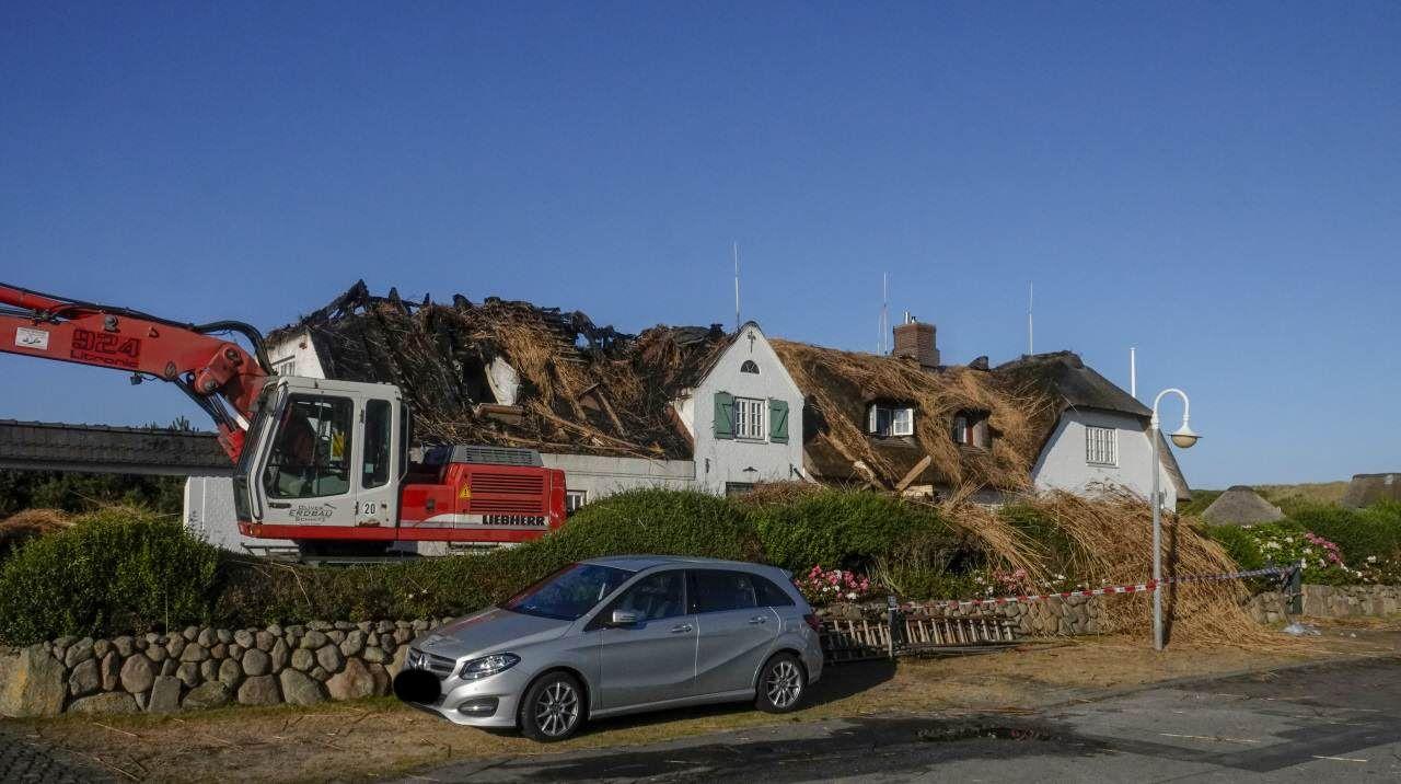 So sah es am Tag nach dem Großbrand in Wenningstedt aus