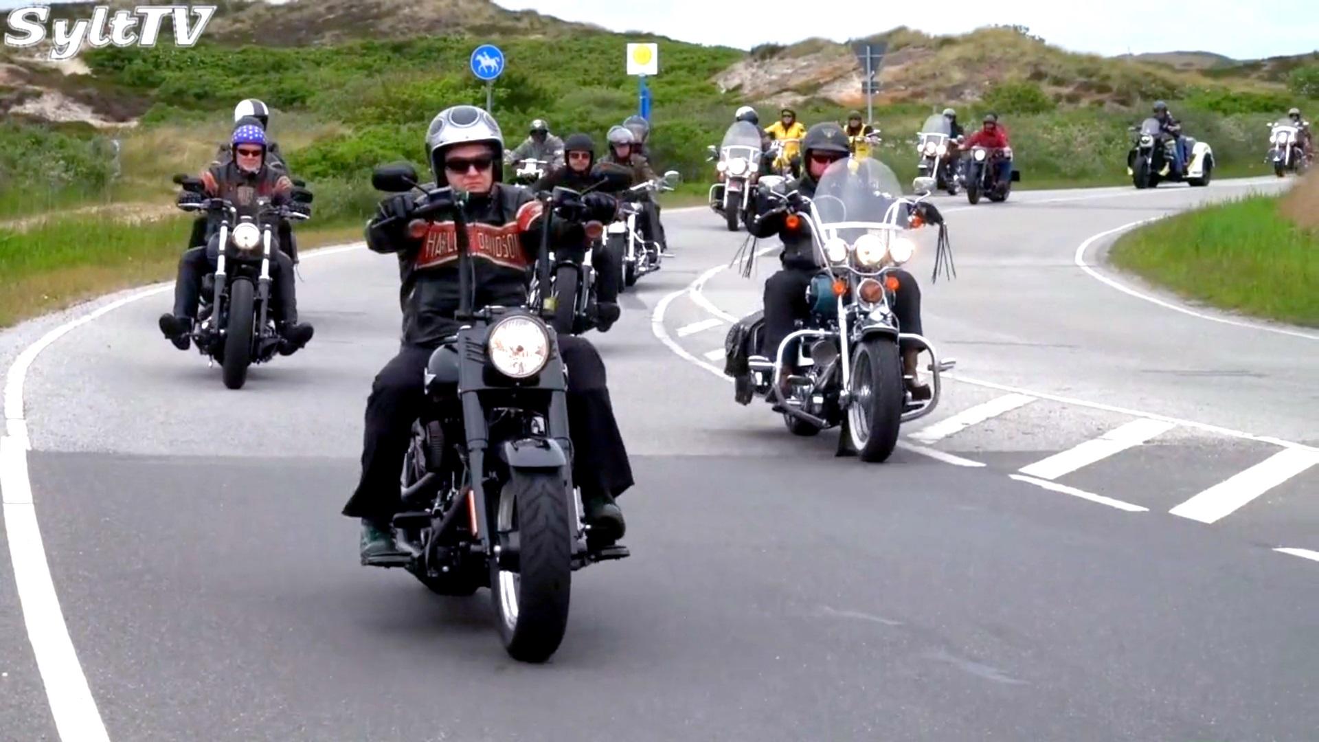 Der Höhepunkt des Sylter Harley-Treffen ist immer die gemeinsame Ausfahrt über die Insel