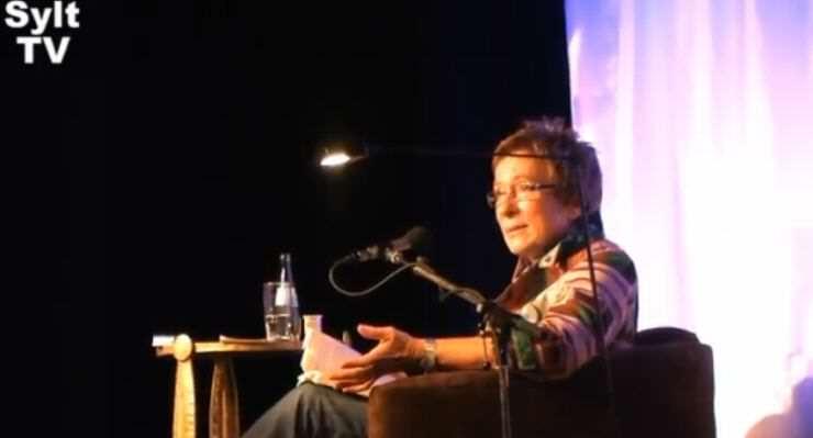 Gisa Pauly las in Keitum auf Sylt
