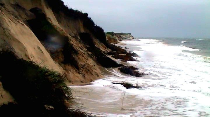 Starke Sandverluste an den Dünen und Stränden gleich beim ersten kleinen Sturm