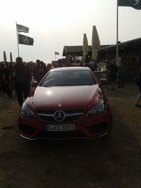 Mercedes neues Coupe an der Sansibar
