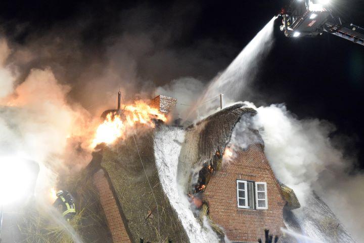 Dachstuhlbrand auf Sylt - 22. Juni 2014