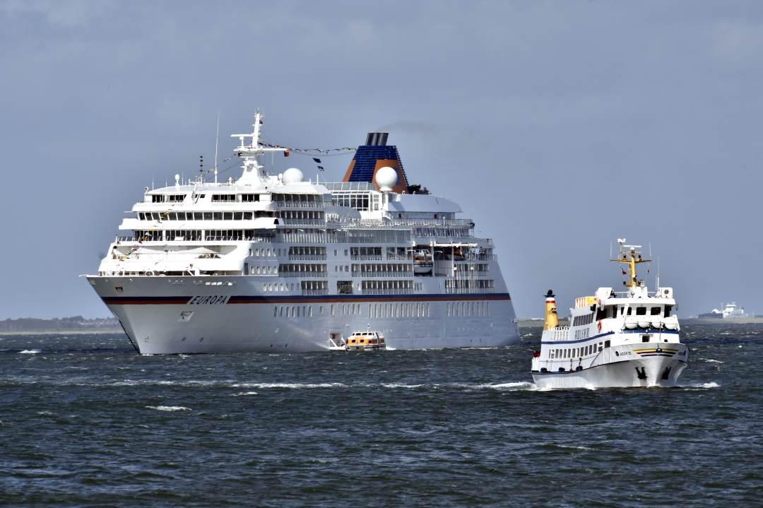 MS Europa und Sansibar feiern vor Sylt mit vielen Promis