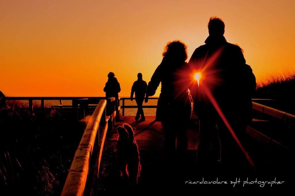Wandern in den Sylter Sonnenuntergang