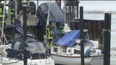 Auto auf Sylt stuerzt in die Nordsee