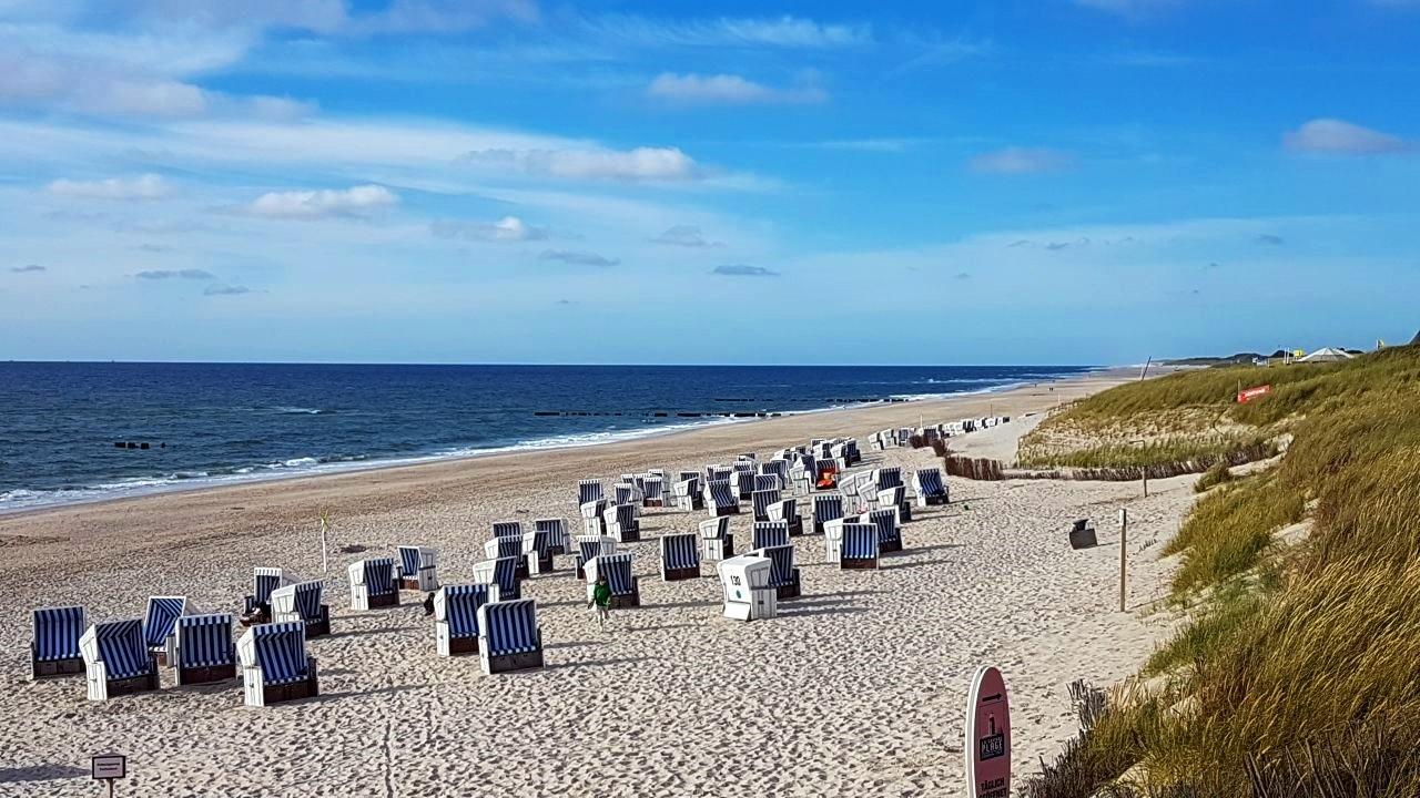 Die Strandkörbe sind sehr beliebt bei den Sylt-Urlaubern und Syltern