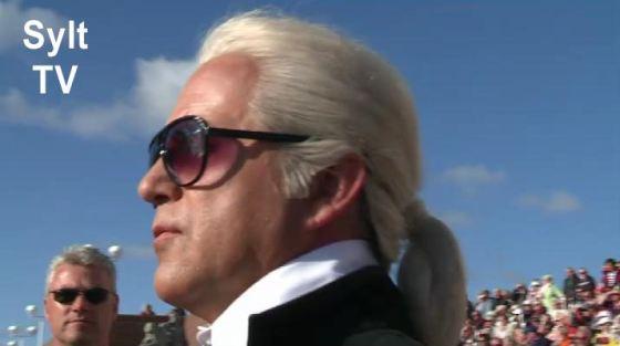 Karl Lagerfeld auf Sylt beim Shantychor als Stargast