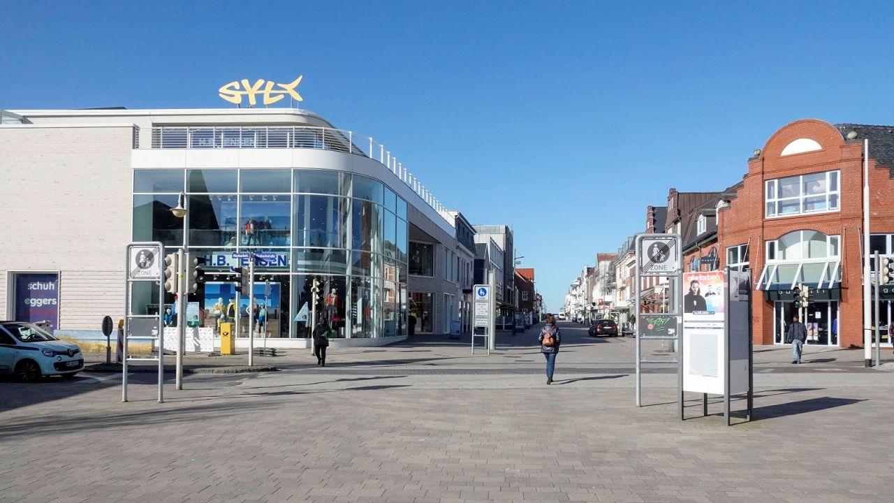 Ab 9. Mai darf das Modehaus Jensen wieder die komplette Verkaufsfläche nutzen. Alle anderen Läden natürlich auch.