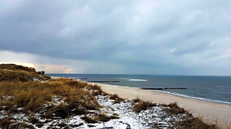 Auch auf dem Roten Kliff liegt ein wenig Schnee